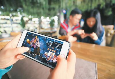 调查:百姓对付费享受音视频、游戏等看法如何?针对前一段时间某视频网站涉版权保护的社会热点话题,普通百姓对付费享受音视频、电子书、信息、游戏、知识讲座等看法如何?