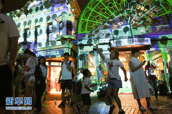"""香港迪士尼门票价格上调 今夏推出""""玩水""""主题活动"""
