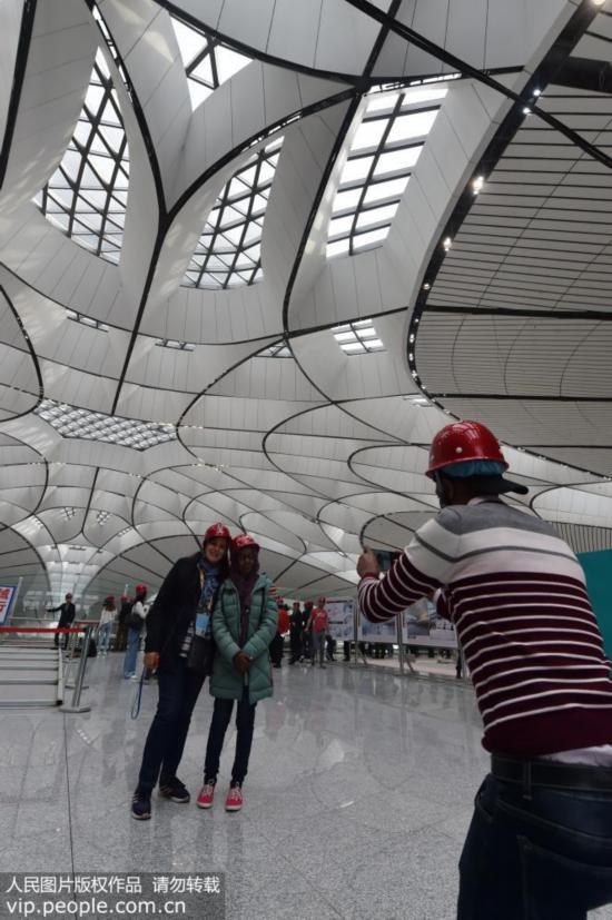 中外记者走进北京大兴国际机场【6】