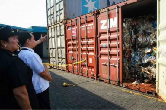 杜特尔特再呛加拿大:不运走垃圾就埋了加使馆