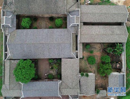 (社会)(1)江西南昌:修复古建筑群 打造文旅名村