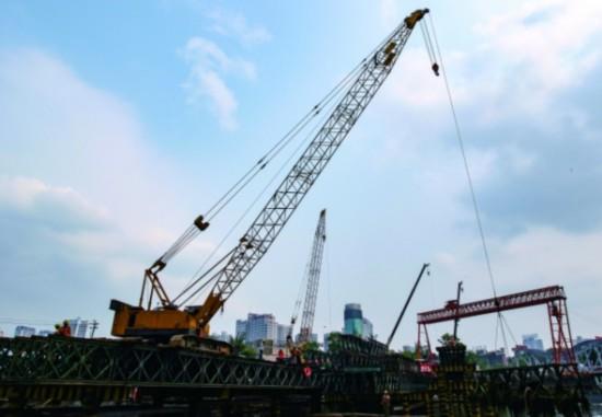 人民大道南段筑城广场大桥 建设有序推进