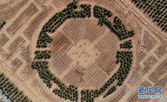 (环境)(1)河北迁安:废弃矿山修复推进绿色发展