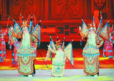传承国粹是杨家四代人的接力