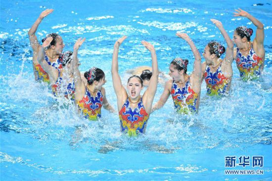 (体育)(2)花样游泳――全国冠军赛:集体自由自选赛况