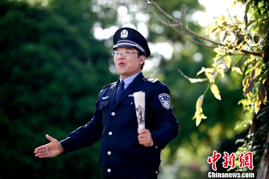 """湖北口吃少年成演讲专家""""逆袭路""""被拍电影"""