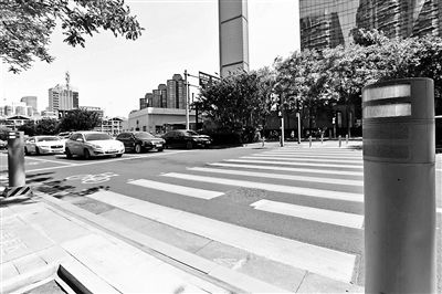 CBD打造智慧交通系统 可自动调控12个路口红绿灯平衡车流