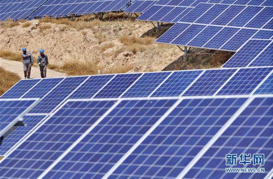 河北张家口新能源发电?#36710;?#35013;机容量占比超70%