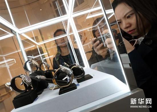 (上海频道):佳士得2019香港春季拍卖预展在上海举行