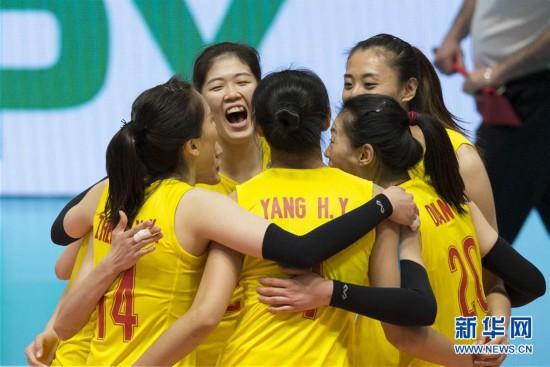 (体育)(1)排球――瑞士女排精英赛:中国队胜德国队