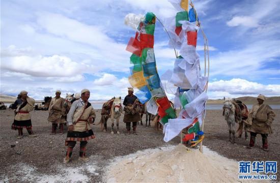 (专发新华网西藏频道)(图文互动)天边的驮盐队――藏北牧人远去的背影(19)