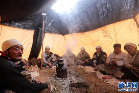 (专发新华网西藏频道)(图文互动)天边的驮盐队――藏北牧人远去的背影(7)