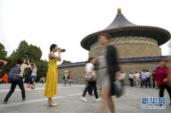 """(亚洲文明对话大会)(1)""""青年眼中的亚洲多元文明""""――冯甘雨:用摄影和舞蹈做文明对话的媒介"""