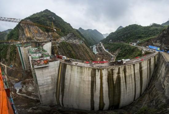馬嶺水利樞紐工程大壩施工場景。攝影 楊良強.jpg
