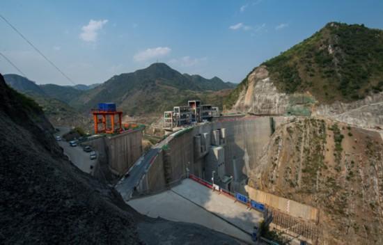 馬嶺水利樞紐工程。圖為工程大壩。攝影 楊良強 (1).jpg