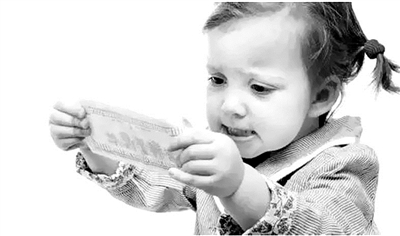 不和孩子谈钱是做父母的失职