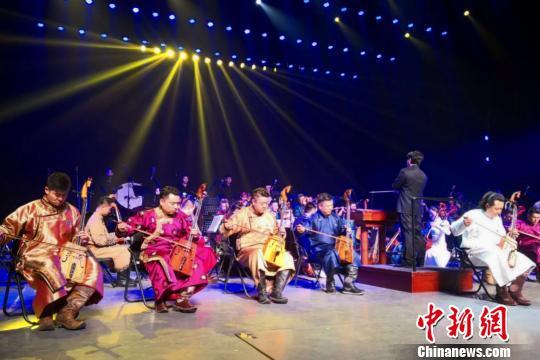 中外50名马头琴演奏家亮相内蒙古上演流传千年的视听盛宴