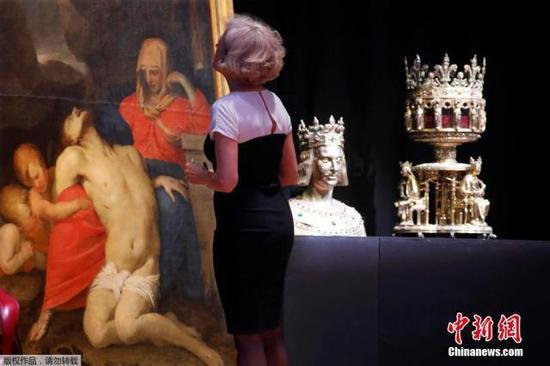 法国画家Lubin Baugin的油画《慈悲圣母》。