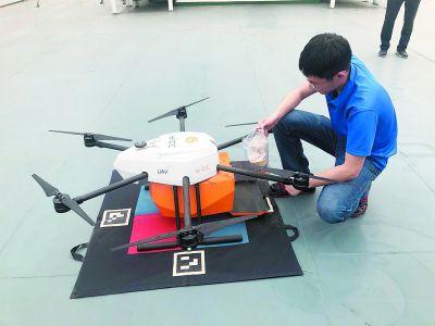 探访长江首座绿色综合服务区:无人机送货上船