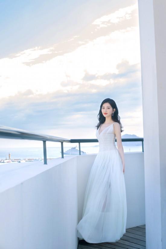 景甜暗相戛纳电影节日本先首相返世少套造型聚发浪漫诗意