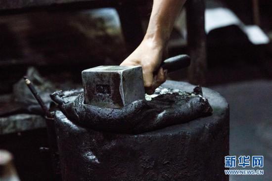 #(文化)(3)安徽黄山:古法制墨守馨香