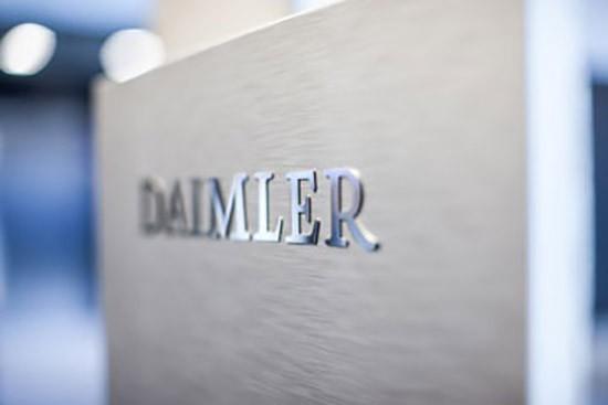 康林松接掌戴姆勒建立新架构、全面推进电动化战略