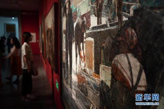 """(文化)(1)""""江南如画——中国油画作品展(2019)""""在苏州开展"""