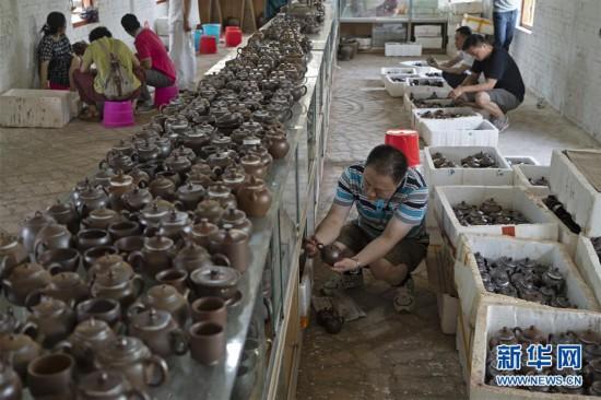 (文化)(2)广西钦州:龙窑坭兴陶放光彩