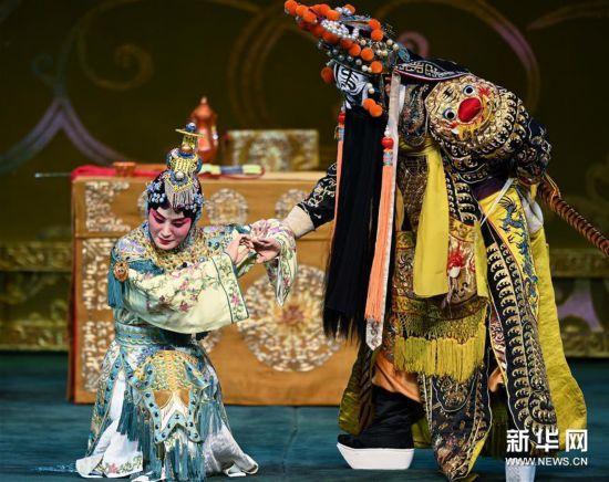 (文化)(4)張火丁首演京劇《霸王別姬》亮相北京