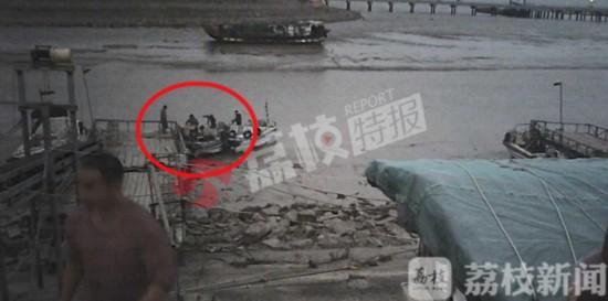 利欲熏心 江苏启东连兴港非法捕捞禁而不止