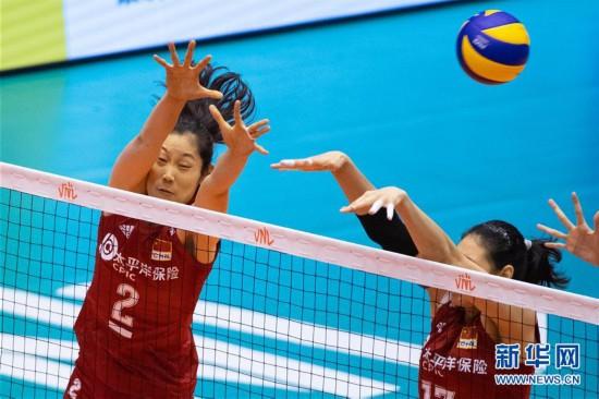 (体育)(4)排球――世界女子联赛澳门站:中国胜泰国