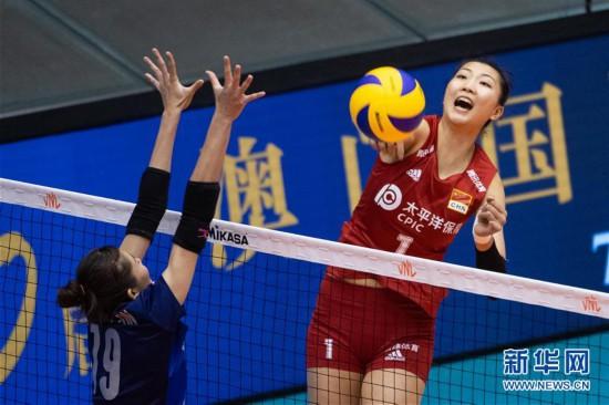 (体育)(2)排球――世界女子联赛澳门站:中国胜泰国
