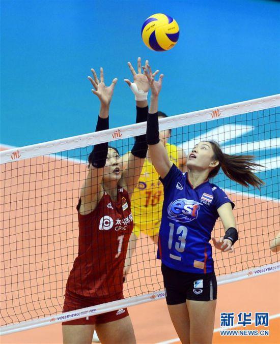 (体育)(10)排球――世界女子联赛澳门站:中国胜泰国