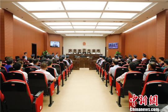 """宁波""""网红""""舞蹈教师被杀案宣判被告人一审被判死刑"""