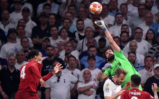 阿利森8次扑救创纪录利物浦成败全看门将脸色