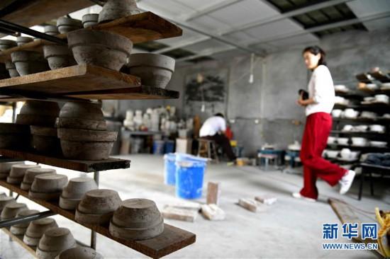 河北井陉:千年古窑技艺传承放光彩