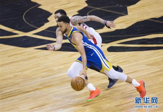 (體育)(4)籃球——NBA總決賽第二場:勇士勝猛龍