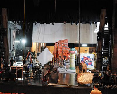 百老汇舞台剧《一个美国人在巴黎》涪陵首演 观众大呼惊艳