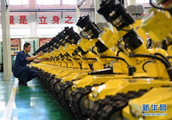(经济)(3)河北唐山:机器人制造助力经济转型升级