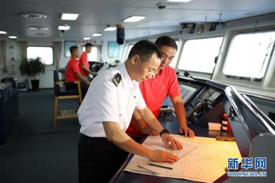 (图文互动)(1)远望3号远洋航天测量船加速驶向测控任务海域