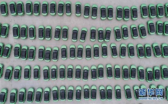 (经济)(5)中国新能源汽车产销稳步增长