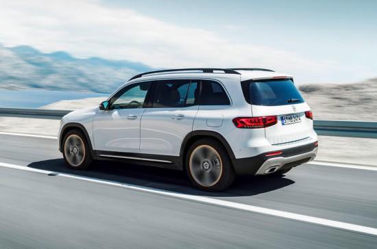全新奔驰GLB紧凑型SUV发布主打家用车市场