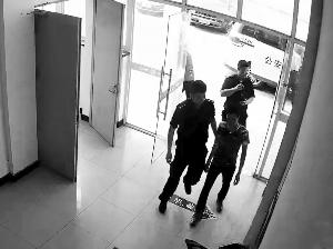 苏州男子接电话被称逃犯 民警调查:没错就是你