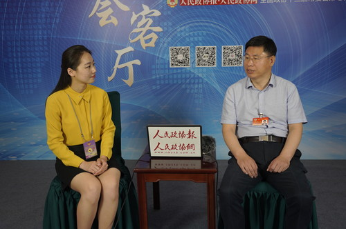 刘忠范常委:让科技工作者既有成就感又有获得感