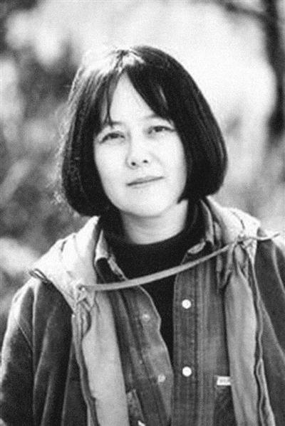 第五代女导演彭小莲去世,享年66岁