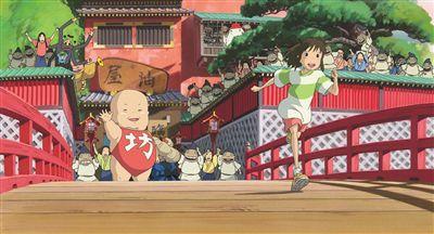 宫崎骏《千与千寻》周五上映 周冬雨王琳揭配音幕后故事