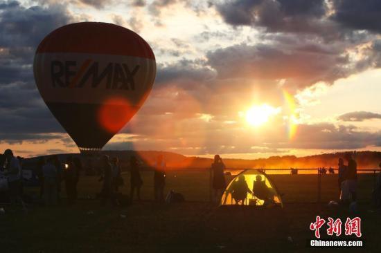 埃及热气球遇强风被吹至沙漠乘客包括4名中国人