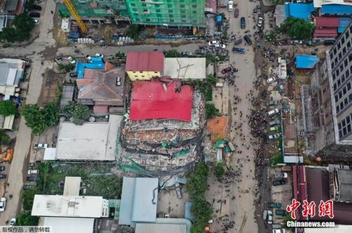 柬埔寨7层建筑倒塌已致18人死亡?救援仍在进行