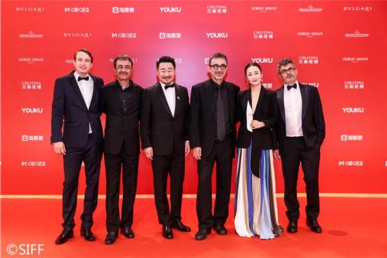 群星闪耀第22届上海国际电影节金爵奖颁奖典礼