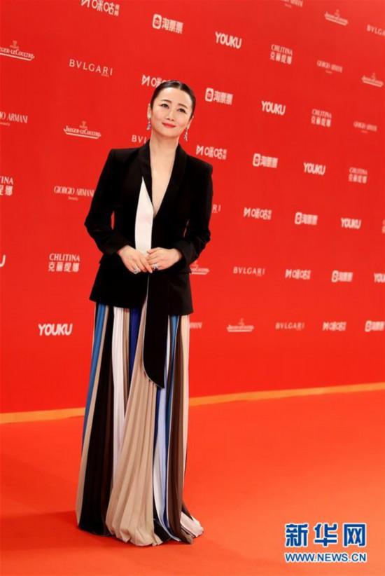 (新华视界)(4)第22届上海国际电影节闭幕红毯仪式在沪举行